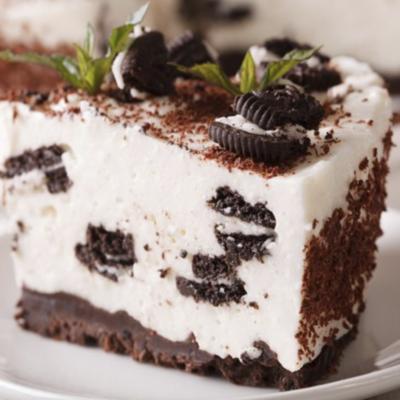 Tarta de Oreo con helado de caramelo ingles
