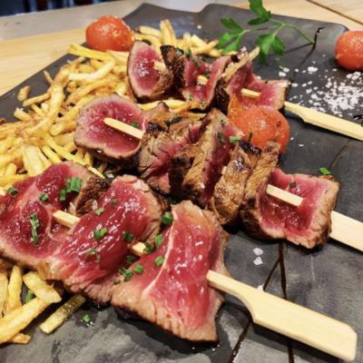 Tiras de Solomillo ibérico frito estilo oriental al wok del Restaurante de Móstoles El Eslabón